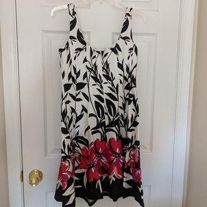 Jones Wear Floral Dress